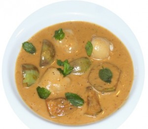 Aubergine-Lychee-Curry