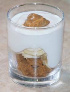 joghurt-spekul-banan-schicht